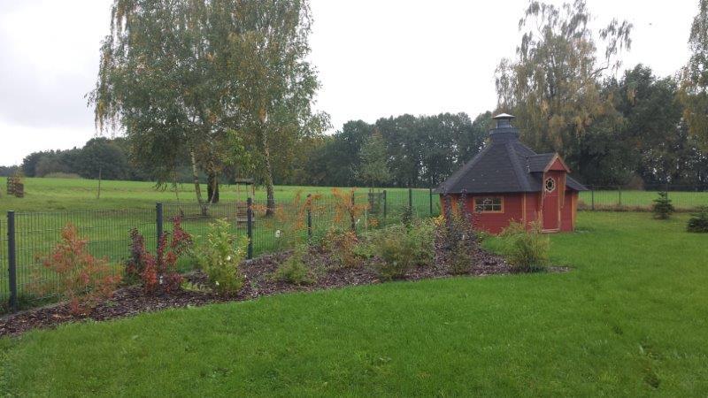 Gartengestaltung wassertrog